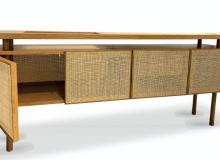 Aparador bar com estrutura em madeira com opções: Tauari, Ebanizado, Freijó ou Imbuia Palha cor Natural. Medidas em cm: 210 x 50 x 90H.