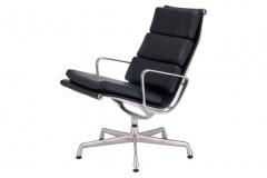 Poltrona Ea433 - Classica Design
