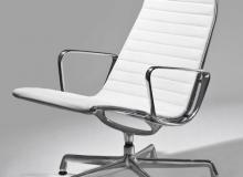 Poltrona EA333 – Lounge