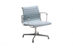 Cadeira EA 107 - Studio Mais
